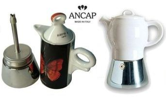 Unsere Empfehlung: Espressokocher von Ancap mit Porzellanaufsatz.