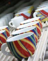 Bunte Tassen von Ancap Porzellan