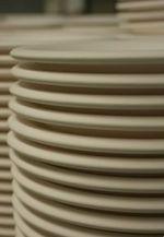 Fertigung von Porzellan-Untertassen bei Ancap Porzellan
