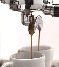ECM Profi Filterhalter beim Espressobezug.